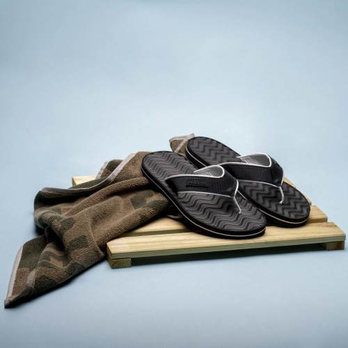 Makai Beach Sandals - Black