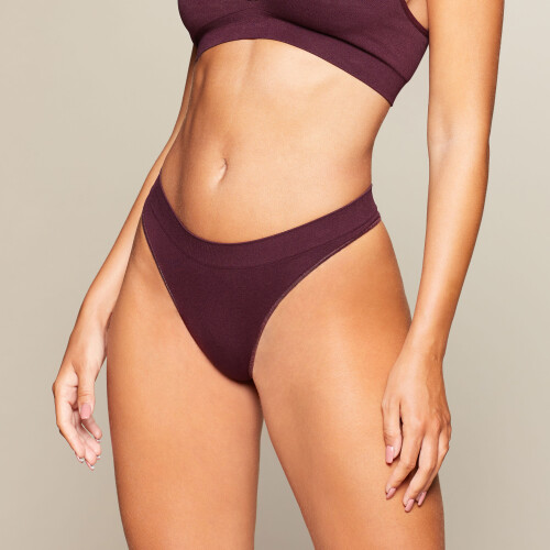 Daily Seamless Thong - Bordeaux