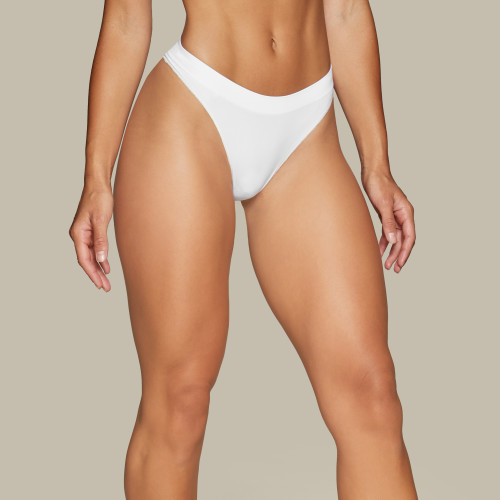Daily Seamless Thong - White
