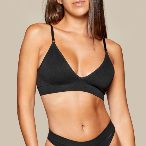 Triangle Seamless Bra - Black